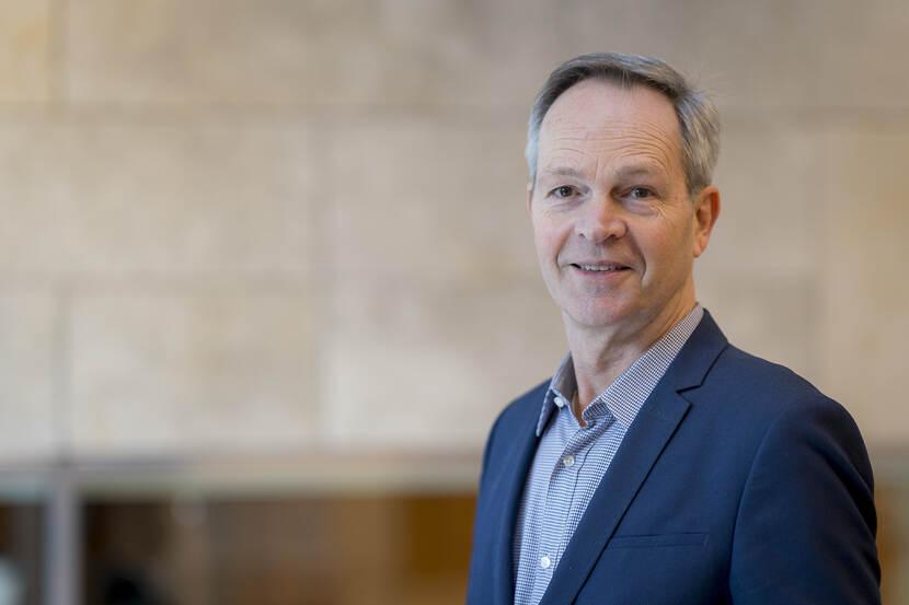 Prof. dr. J. (Jos) de Haan
