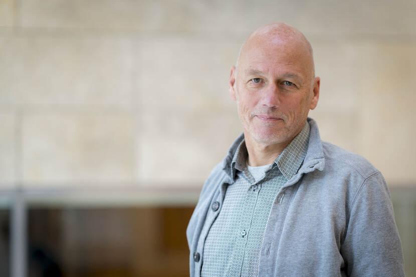 Dr. A. (Andries) van den Broek