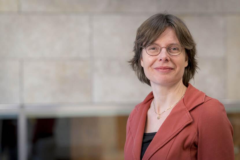 Dr. P.E. (Patricia) van Echtelt
